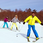 adult group ski lessons - learning to pizza